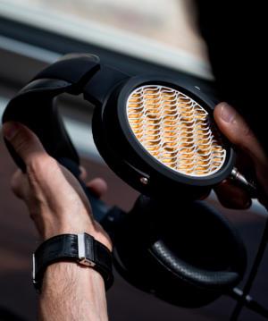 APERIO Headphone Style